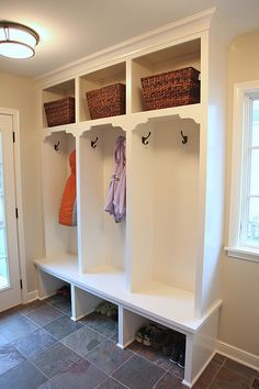Mudroom. I like how each person has a seat (I'd put in cushions). Also like how the bottom part has a place for shoes as others keep it closed Ikea Entryway, Entryway Storage, Mudroom Storage Ideas, Garage Storage, Locker Storage, Shoe Storage, Vestibule, Entry Way Lockers, Garage Entry