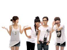 Brown Eyed Girls Jea, Narsha, Miryo and Gain Yellow Black, Black And Brown, Ga In, Brown Eyed Girls, Girl Costumes, Brown Eyes, Pop Fashion, Pop Group