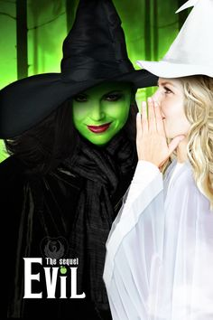 This so funny because i am obsessed with two things OUAT and Wicked Ouat, Once Upon A Time, Elphaba And Glinda, Regina And Emma, Wicked Musical, Best Crossover, Swan Queen, Captain Swan, Look At You