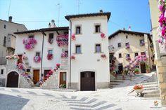 Pescocostanzo e il Bosco di Sant'Antonio ~ Italy Travel Web