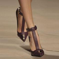 Vintage Pointed Toe T Strap Stiletto Heels #shoespiereviews #stilettoheels #highheels