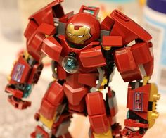 Be ready to fend off any villain that threatens the good citizens of LEGO Town when you have this LEGO Iron Man Hulkbuster at your disposal. Designed to battle the strongest foes in the Marvel universe, it's a must have for any aspiring LEGO Avenger.