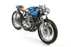Honda CB550 Cafe Racer by MONNOM Customs #motorcycles #caferacer #motos | caferacerpasion.com