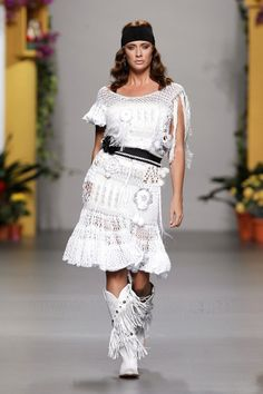 Francis Montesinos - Ready-to-Wear - Runway Collection - Women Spring / Summer 2011