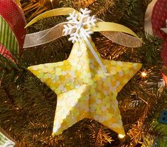 Mod Podge Glow in the Dark Star Ornament - See how to make this ornament with Mod Podge