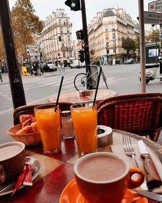 Enjoying some breakfast in Paris. Travelling Europe, Paris Paris, Alcoholic Drinks, Breakfast, Fall, Instagram, Morning Coffee, Autumn, Fall Season