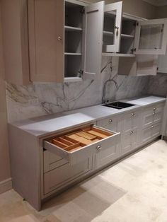 Grey shaker kitchen units with leathered granite worktop barstools the inframe shaker kitchen is a hand made hand crafted kitchen which oozes quality everywhere solutioingenieria Image collections