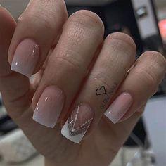 Short Nail Manicure, French Manicure Nails, French Nails, Diy Nails Cute, Pale Pink Nails, Magic Nails, Nagellack Trends, Glow Nails, Modern Nails