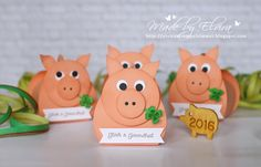 Hatte ein Schwein – Linda Thompson – – New Year – … - Neujahr Linda Thompson, Berry Baskets, Keepsake Boxes, Deco, Pink And Gold, Stampin Up, Presents, Place Card Holders, Gifts