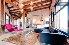 Large Bright Gastown Loft 1200sqft in Vancouver. Koret lofts! #koret