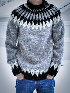 The Knitting Bear - Finished this sweater at the end of last year, but. Knitting Bear, Norwegian Knitting, Fair Isle Knitting Patterns, Knitting Designs, Icelandic Sweaters, Wool Sweaters, Nordic Sweater, Men Sweater, Gents Fashion