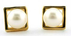 Create a new look with your pearl studs