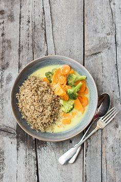 Quinoa aus Deutschland und veganes Blitz-Curry | Carrots for Claire