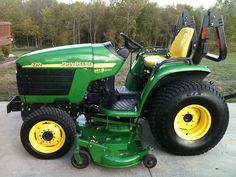 John Deere Service Technical Manual: JOHN DEERE 4210 4310 4410 COMPACT UTILITY TRACTOR ... Tractor Bed, Red Tractor, Farmall Tractors, John Deere Tractors, John Deere Equipment, Lawn Equipment, Landscaping Equipment, Utility Tractor, Compact Tractors