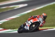 Michele Pirro Andrea Iannone, Ducati Motor, Sports News, Circuit, Racing, Running, Lace