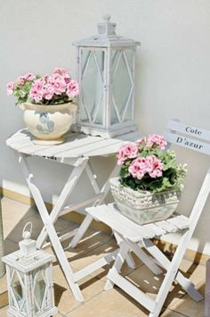 Perfect bistro table and chairs for the porch!