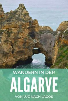 Bizarre Felsformationen | Die Algarve ist ein wahres Wanderparadies! Frühling und Herbst sind die besten Jahreszeiten, um die Algarve zu Fuß zu erkunden. Ein besonderes Erlebnis sind Wanderungen entlang der Küste mit ihren bizarren Felsformationen. Eine besonders schöne Tour führt von Luz nach Lagos – auf schmalen Pfaden immer entlang der Klippen mit spektakulären Ausblicken, unter anderem auf die berühmte Felsformation Ponta da Piedade.