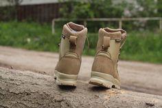 Púštne kanady používané vojakmi v Afganistane. Podšívka Gore-Tex® bráni prieniku vody. http://www.armyoriginal.sk/2715/132800/pustna-obuv-desert-gore-tex-bosp.html
