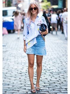 秋こそ使える! デニムスカートの最旬活用術をマスター | FASHION | ファッション | VOGUE GIRL