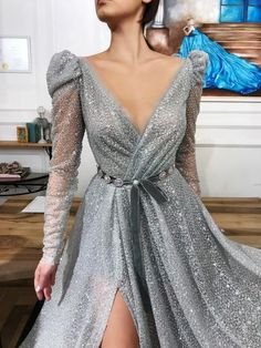 Details - Silver color - Glitter tulle fabric - Handmade embroidered belt - Ball-gown style - Party and Evening dress Iris Queen TMD Gown Elegant Dresses, Pretty Dresses, Beautiful Dresses, Vestidos Color Plata, Evening Dresses, Prom Dresses, Formal Dresses, Dress Prom, Dress Long