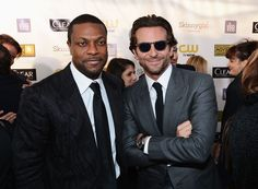 We love Bradley Cooper's wayfarer-inspired shades with dark grey frames that matched his suit at the 18th Annual Critics' Choice Movie Awards!