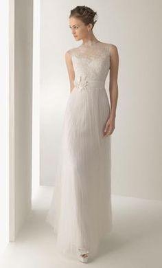 Rosa Clara Juglar: buy this dress for a fraction of the salon price on PreOwnedWeddingDresses.com
