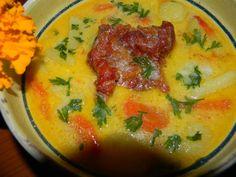 Ciorba de cartofi cu smantana  si afumatura Romanian Food, Thai Red Curry, Soup Recipes, Mashed Potatoes, Goodies, Food And Drink, Ale, Cooking, Ethnic Recipes