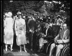 Alice Roosevelt Longworth and her brother Theodore Roosevelt Jr with a group of disabled men in 1927 Theodore Roosevelt Jr, Alice Roosevelt, Roosevelt Family, Her Brother, Group, Men, Roosevelt, Guys