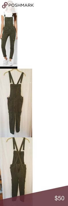 Kendall & Kylie olive overalls Cargo pocket, stretch-denim, overall with skinny fit. Olive color and adjustable straps. Worn 3 times- Excellent quality. Kendall & Kylie Jeans Overalls