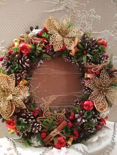 Topiary, Christmas Wreaths, Holiday Decor, Home Decor, Holiday Decorating, Decoration Home, Room Decor, Home Interior Design, Home Decoration
