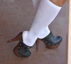 Jessica Simpson Clogs