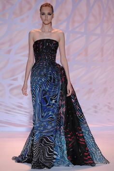 Zuhair Murad | Fall/Winter 2014 Couture Collection (Look 20 of 47) | Modeled by Jane Gryennikova | July 10, 2014; Paris, France