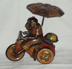 VINTAGE WIND-UP SATO LUCKY MONKEY CYCLE TINPLATE TOY JAPAN 1950s