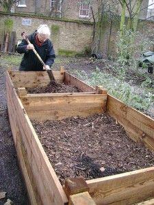 Nette, das könnte ja ein rückenfreundlicher Kräutergarten für euch werden ;)