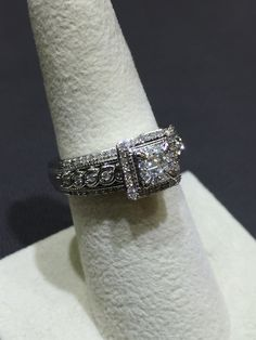 Beautiful 10k White Gold Engagement/Dinner Ring with .50ct of Diamonds!