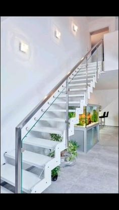 Follow us for more Railings ideas . Mo.9528873919 Trendswag917@gmail.com Steel Railing Design, Staircase Railing Design, Modern Stair Railing, Staircase Handrail, Wooden Staircases, Modern Stairs, Glass Stairs Design, Home Stairs Design, Glass Railing
