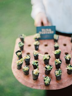 Passed hors d'oeuvres by PPHG | Lowndes Grove Plantation in Charleston, South Carolina | Photo by Ryan Ray