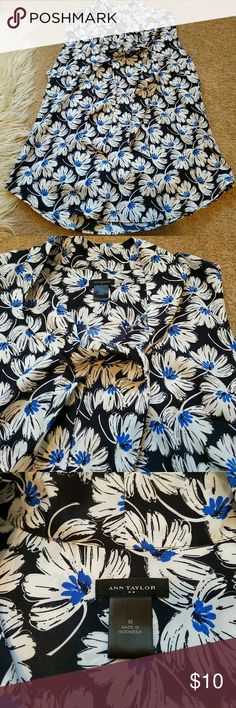 """Ann Taylor Sleeveless Blouse with Neck Tie Floral pattern, like new, tie neck (single knot, open or bow tie options), 25.5"""" L, 19.5"""" across bust Ann Taylor Tops Blouses"""