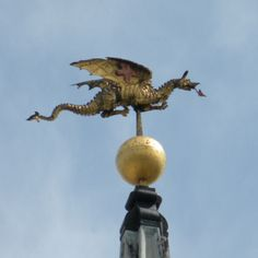 fully legs appear almost splayed After the Great Fire of London, Sir Christopher Wren designed a weathervane for each new church. This famous dragon sits atop St Mary-le-bow Church. Here Be Dragons, Year Of The Dragon, Weather Vanes, British Isles, Mythical Creatures, Windmill, Great Britain, Faeries, Old Things