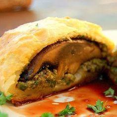 Portobello Wellington - Vegan Dinner Party Time #vegan #entree #recipe