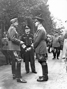 "tschapperl: ""Mannerheim, Raeder and Hitler chatting in the middle of a road. Schaub is nearby on the left. Ww2 Photos, Rare Photos, History Of Germany, Joseph Goebbels, Ww2 Uniforms, The Millions, World War Two, Wwii, Germany"