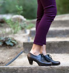 Oxfords, the perfect shoes for Fall.  By @Matty Chuah Frye Company
