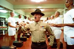 """Full Metal Jacket"" (Wlk. Bryt./USA, 1987). Sierżant Hartman (Lee Ermey). © Warner Bros. Entertainment Inc. ENG: ""Full Metal Jacket"" (GB/USA,1987). The instructor Sgt. Hartman (Lee Ermey). © Warner Bros. Entertainment Inc.  Stanley Kubrick - wystawa w Muzeum Narodowym w Krakowie do 14 września 2014r. http://artimperium.pl/wiadomosci/pokaz/367,stanley-kubrick-wystawa-w-muzeum-narodowym-w-krakowie#.U_ySLfl_uSo"