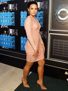 Demi Lovato attends the 2015 MTV Video Music Awards on August 30, 2015