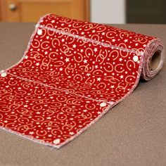 I love this pattern. I have been using paperless towels for awhile now. If your not, it's time to switch. I heart your unpaper towels.