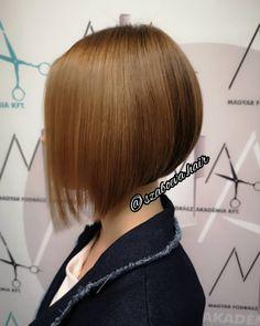 """19 kedvelés, 2 hozzászólás – Szabó Éva (@szaboeva.hair) Instagram-hozzászólása: """"💇♀️ Bob Haircut with sunkissed balayage 💇♀️ . #haj #fodrász #frizura #szaboevahair #mutiahajad…"""" Bob, Hair Cuts, Instagram, Haircuts, Bob Cuts, Hair Style, Bob Sleigh, Haircut Styles, Hairdos"""