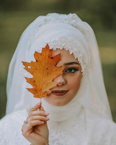 Günümüz aydın olması dileğiyle Wedding Gowns, Wedding Rings, Weed, Bride, Photo And Video, Muslim, Beauty, Instagram, Style