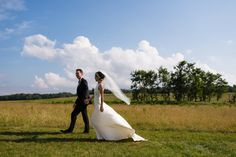 On top of the Shenandoah sits a large open expanse of land called Big Meadows and it's the perfect place for a mountain wedding next to the clouds! Shenandoah National Park, Perfect Place, Destination Wedding, How To Memorize Things, National Parks, Clouds, Weddings, Big, Nature
