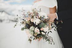 Rustic Bouquet, Wedding Flowers, Wedding Dresses, Unique Flowers, Funeral, Special Day, Bouquets, Dream Wedding, Bloom