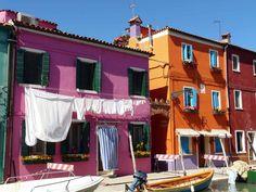El mundo de Avekrénides.                     : Burano es color.Italia